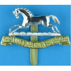 Small Arms School Corps Sealed 06 Sep 1956 with Queen Elizabeth's Crown. Anodised Staybrite army cap badge