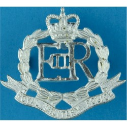 Royal Military Police Full Size with Queen Elizabeth's Crown. Silver-plated Officers' metal cap badge