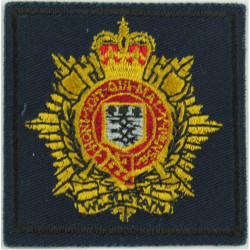 Queen's Lancashire Regiment (Red Rose) On Black Oval with Queen Elizabeth's Crown. Woven Other Ranks' cap badge