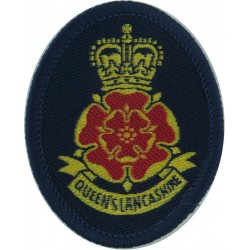 Hampshire Regiment Pre-1949  Bi-metallic Other Ranks' metal cap badge