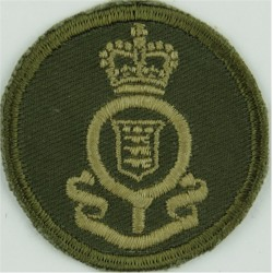 Royal Canadian Ordnance Corps Green Bush Hat Badge with Queen Elizabeth's Crown. Embroidered Other Ranks' cap badge