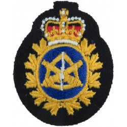 Canadian Armed Forces Land Ordnance Engineering Colour Beret Badge with Queen Elizabeth's Crown. Embroidered Other Ranks' cap ba