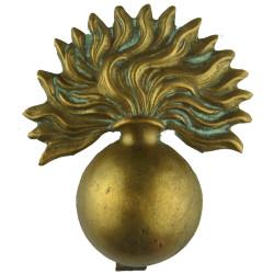 Grenadier Guards   Brass Other Ranks' metal cap badge