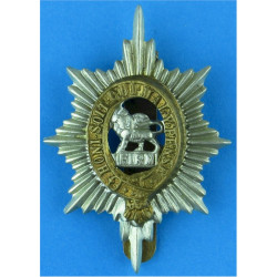 Suffolk Regiment (3 Towers) Void Between Towers with King's Crown. Bi-metallic Other Ranks' metal cap badge