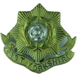 East Yorkshire Regiment   Bi-metallic Other Ranks' metal cap badge