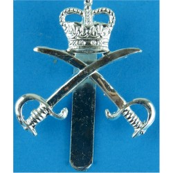 Scottish Yeomanry Also Officer Issue Silver-plate and gilt Other Ranks' metal cap badge