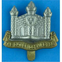 Cambridgshire Regiment No 'E' Pattern  Bi-metallic Other Ranks' metal cap badge