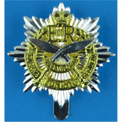 Queen's Own Gurkha Logistic Regiment Post-2001 with Queen Elizabeth's Crown. Silver-plate and gilt Other Ranks' metal cap badge