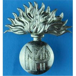 Suffolk Regiment Rare QC Type with Queen Elizabeth's Crown. Bi-metallic Other Ranks' metal cap badge