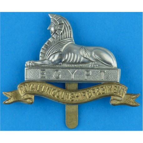 Royal Lincolnshire Regiment   Bi-metallic Other Ranks' metal cap badge