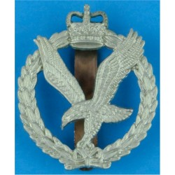 Army Air Corps  with Queen Elizabeth's Crown. White Metal Other Ranks' metal cap badge