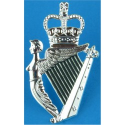 Royal Irish Regiment - Black Between Harp Strings New Smaller Type with Queen Elizabeth's Crown. Silver-plated Other Ranks' meta