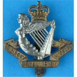 8th King's Royal Irish Hussars (Repaired Slider) 1952-1958 with Queen Elizabeth's Crown. Bi-metallic Other Ranks' metal cap badg