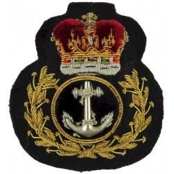 Royal Navy Fleet Chief Petty Officer - Wide Wreath 1970-1986 - Rare with Queen Elizabeth's Crown. Bullion wire-embroidered Naval
