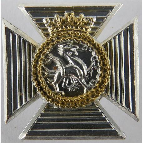 Gordon Highlanders FR - Tiger Anodised Staybrite collar badge