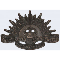Australian Commonwealth Military Forces 1904-1949 with King's Crown. Copper Other Ranks' collar badge