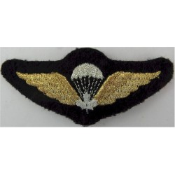 Indonesian Air Force Senior Instructor Wings With Wreath Brass Parachute jump wings or badge