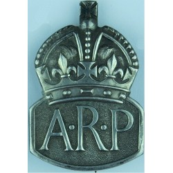 ARP (Air Raid Precautions) Brooch Badge (Female) Hall-Marked 1938 'C' with King's Crown. Silver Lapel or sweet-heart badge