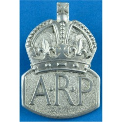 ARP (Air Raid Precautions) Buttonhole Badge (Male) Hall-Marked 1938 'C' with King's Crown. Silver Lapel or sweet-heart badge