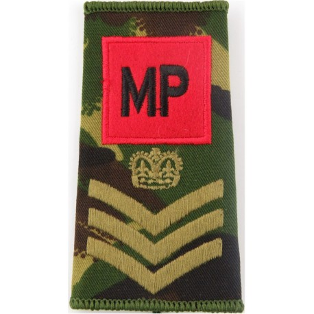 WO2 (RQMS) Rank Badge (Gurkhas - Crown In Laurels) Black On Rifle Green with Queen Elizabeth's Crown. Embroidered Warrant Office