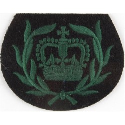WO2 (RQMS) Rank Badge (Royal Irish Rangers) Green On Black with Queen Elizabeth's Crown. Embroidered Warrant Officer rank badge