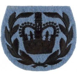 WO2 (RQMS) Rank Badge (22 SAS & 23 SAS) Black/Pompadour Blue with Queen Elizabeth's Crown. Embroidered Warrant Officer rank badg