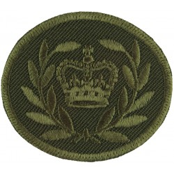 Master Warrant Officer (Crown In Wreath) - Canada Green On Olive with Queen Elizabeth's Crown. Embroidered Warrant Officer rank