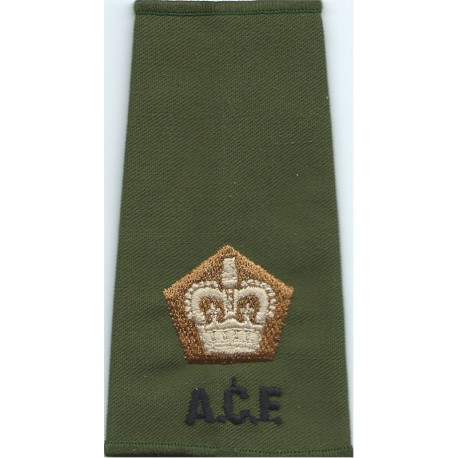 ACF Major (Army Cadet Force) Rank Slide Colour On Olive with Queen Elizabeth's Crown. Embroidered Officer rank badge