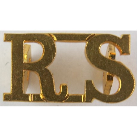 B&W Dgns (Berkshire & Westminster Dragoons) 1961-1967  Brass Army metal shoulder title