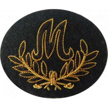 Crossed Axes (Pioneer - Light Infantry) Green On Maize Small  Embroidered Army cloth trade badge