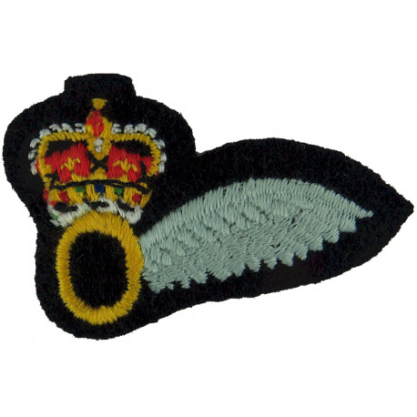 Observer Half-Wing (Army Air Corps)  with Queen Elizabeth's Crown. Embroidered Army cloth trade badge