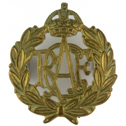 Master Aircrew (Royal Arms Above Eagle In Laurels) FR - 42mm X 40mm with Queen Elizabeth's Crown. Anodised Air Force Rank Badge