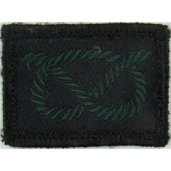 Highlanders - Gordon Tartan - Dark Green See SOLDIER 26May97 Woven Regimental cloth arm badge