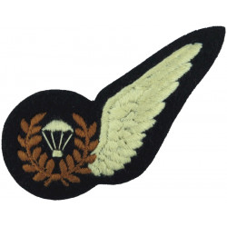 RAF Brevet - Parachute Jump Instructor Half-Wing Small Parachute  Embroidered Air Force Branch Badge