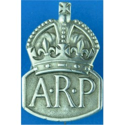 ARP (Air Raid Precautions) Brooch Badge (Female) Hall-Marked 1937 'B' with King's Crown. Silver Lapel or sweet-heart badge