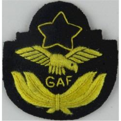 Ghana Air Force Officer's Beret Badge   Embroidered Foreign Air Force insignia