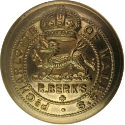 Royal Berkshire Regiment 25.5mm with King's Crown. Brass Military uniform button