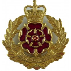 Duke Of Lancaster's Regiment Formed 2006 with Queen Elizabeth's Crown. Gilt and enamel Other Ranks' metal cap badge