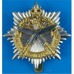 Gurkha Transport Regiment (1965-1992) with Queen Elizabeth's Crown. Silver-plate and gilt Other Ranks' metal cap badge