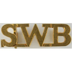 SWB (South Wales Borderers) - Small Size - Officers'   Brass Army metal shoulder title