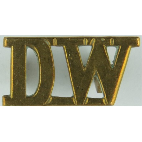 DW (Duke Of Wellington's Regiment) 1931-1970  Brass Army metal shoulder title