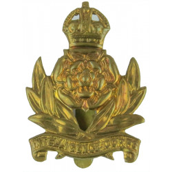 Intelligence Corps 1940-1952 with King's Crown. Brass Other Ranks' metal cap badge