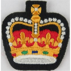 Warrant Officer (Crown Only) - Canadian Army Colour On Dark Green with Queen Elizabeth's Crown. Embroidered Warrant Officer rank