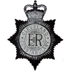 Cleveland Constabulary - EiiR Centre Helmet Star with Queen Elizabeth's Crown. Chrome-plated Police or Prisons hat badge