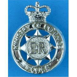 Ministry Of Defence Police Shoulder Badge Crown/EiiR In Circle with Queen Elizabeth's Crown. Chrome-plated UK Police or Prison i
