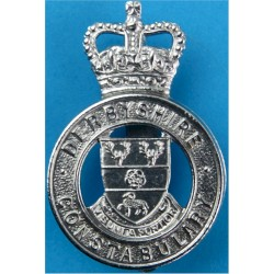 Derbyshire Constabulary - Shield Centre Cap Badge Post-1967 with Queen Elizabeth's Crown. Chrome-plated Police or Prisons hat ba