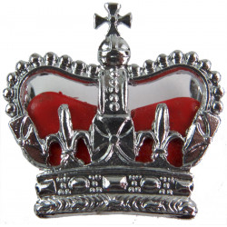 Superintendent's Rank Crown - Red Enamelled Cushion 29.5mm Wide with Queen Elizabeth's Crown. Chrome and enamelled UK Police or