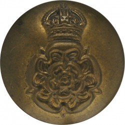 Intelligence Corps 19mm - 1940-1952 with King's Crown. Brass Military uniform button