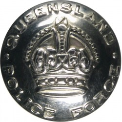 Australia: Queensland Police Force 20.5mm with King's Crown. Chrome-plated Police or Prisons uniform button