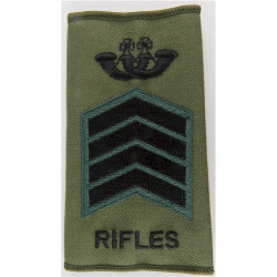 Bugle Major - The Rifles - Serjeant Black/Green On Olive  Embroidered Musician, piper, drummer or bugler insignia